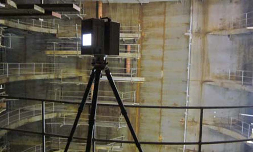 Verifica deformazione lamiere verticali (pareti, cisterne, paratie)