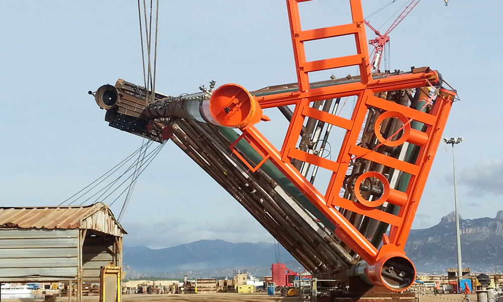 Control during the handling of the structures